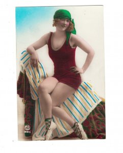 HI1020 BATHING BEAUTY ART DECO PERIOD 1920 RISQUE RED HAIR RPPC