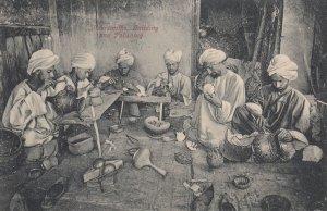 BOMBAY , India , 1900-10s ; Silversmiths, Guilding & Polishing