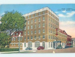 Damaged Edge Tear Linen HOTEL SCENE Sault Ste. Marie Michigan MI B4244