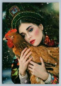 BEAUTY RUSSIAN WOMAN hug COCK Rooster Ethnic Folk Headdress New Postcard