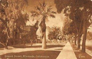 Grand Street Scene ALAMEDA California 1914 Vintage Postcard