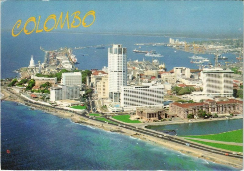 CPM Colombo - Aerial View with Harbour and Hotels CEYLON SRI LANKA (1086028)