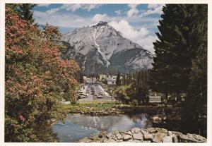 Cascade Mountain, Banff National Park, BANFF, Alberta, Canada, 50-70's