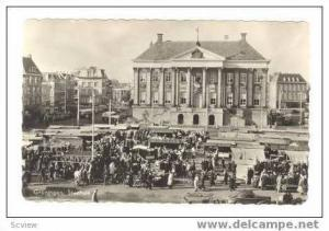 RP: GRONINGEN, Netherlands, 1940s  Outdoor market at town hall (Stadhuis0