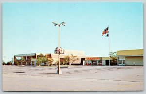 Fort Wayne Indiana~Glenbrook Strip Mall~Walgreens~Empty Parking Lot~c1970