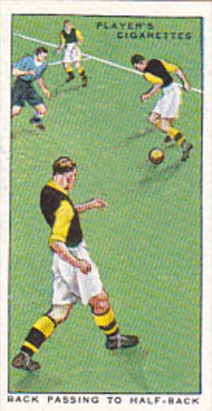 Cigarette Card Player Association Football Hints 1934 No 40 Back Passing To H...