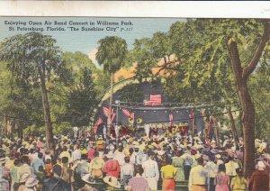 P1786  vintage music open air band concert williams park st. petersburg florida