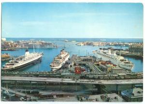 Italy, Genoa, Genova, I transatlantic al Ponte A. Doria, unused Postcard