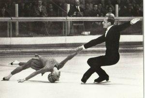RP: SSR Ice Skating Couple ; Grenoblu 1968 olympijska Medal