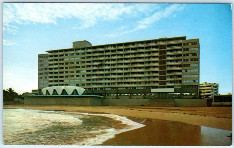SAN JUAN, PUERTO RICO   Beach at  LA CONCHA HOTEL Condado Section  Postcard