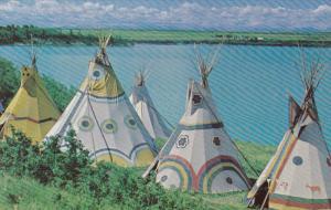 ALBERTA, Canada, 1940-1960´s; Teepees, Blackfoot, Cree and Stony Tribes