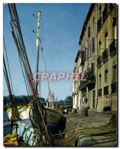 Postcard Modern Agde Herault Le Quai