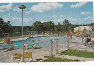 Swimming Pool , Pine Grove Motel & Cottages , WISCONSON DELLS , Wisconsin , 5...