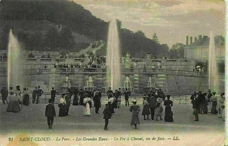 France Saint Cloud Le Parc Les Grandes Eaux Le Fer a Cheval Fountains Postcard