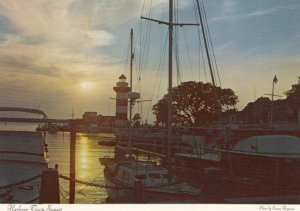 HILTON HEAD , South Carolina , 50-70s ; Harbor , Lighthouse