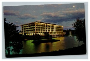 Vintage 1970's Postcard National Geographic Society Building Washington DC