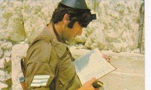 Israel Jerusalem Soldier At Western Wall The Wailing Wall sk4698