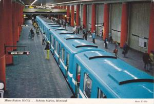 Metro-Station McGill,  Subway Station,  Montreal,  Quebec,  Canada,   PU_1984