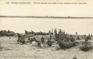 CPA AK Sénégal Afrique Fortier 345 Pécheurs réparani leurs filets leurs (67633)