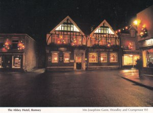 Abbey Hotel Romsey Hampshire Night Pub Illuminations Postcard