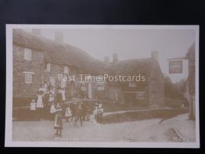 Northamptonshire: Moreton Pinkney (Scene 16) THE CROWN INN Reproduction Postcard
