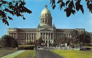 Capitol Building Frankfort, KY, USA Postcard Post Card unused