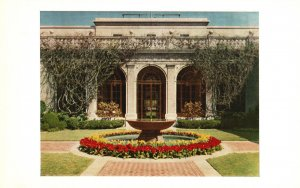 Vintage Postcard Courtyard View South Side Freer Gallery of Art Washington DC