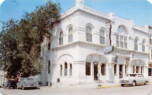 Louisiana Missouri~Wahl Hotel~Cafe~Laundry~Greyhound Bus Stop~1950s Cars~PC