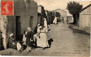 CPA Algérie-Batna-Une rue du Village négre (238677)