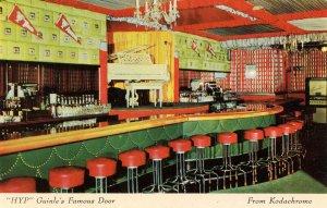 LA - New Orleans. HYP Guinle's Famous Door Lounge