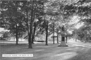 Le Roy New York~Trigon Park~Monument Shaded by Trees~Cars on Street~1950s B&W Pc