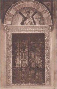 Italy Amalfi Porte di bronzo della Cattedrale