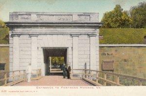 FORTRESS MONROE , Virginia , 00-10s ; Entrance