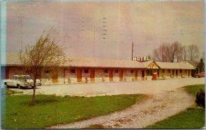 Med-O-Brook Motel Hotel spencer IN Rtes 67 23146 TV Optional vtg Postcard