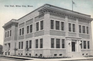 MILES CITY , Montana , 1900-10s ; City Hall