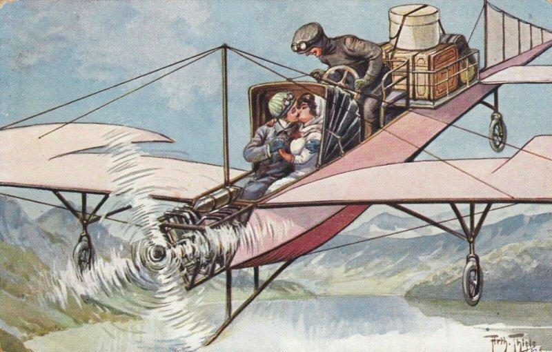 Taxi Airplane & Couple , 00-10s ; Arth. THIELE