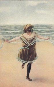 Bathing Beauty , 1901-07