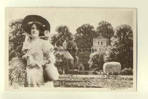 b0295 - Stage Actress - Mabel Green - postcard
