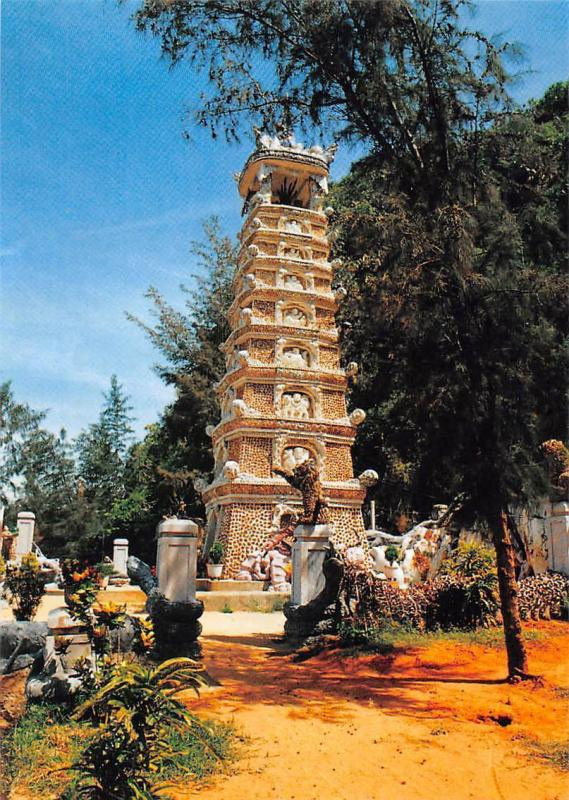 Vietnam Da Nang Va Vung Phu Can, The Thuy Son Tower at Non Nuoc DN