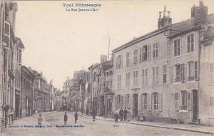 TOUL , France, 00-10s ; La Rue Jeanne d'Arc