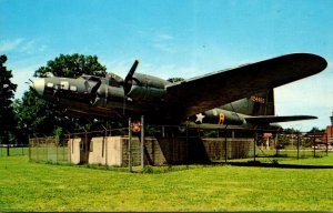 Tennessee Memphis B-17 World War II Flying Fortress Memphis Belle