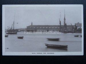 Kent GRAVESEND The Royal Terrace Pier c1908 RP Postcard by Thornton Bros