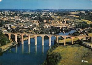 France L'Isle Jourdain (Vienne) Vue Generale aerienne Pont Bridge River Panorama