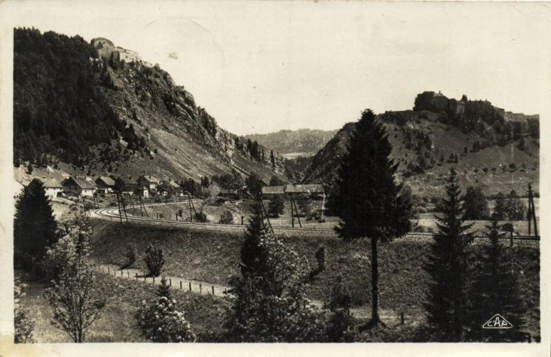 CPA Environs de PONTARLIER Forts de Joux et du Larmont (131207)
