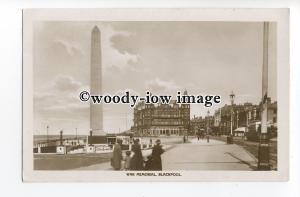 tq1566 - Lancs - The War Memorial & Hotel Metropole, in Blackpool - postcard