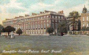 Hampton Court Palace East Front Palais Postcard