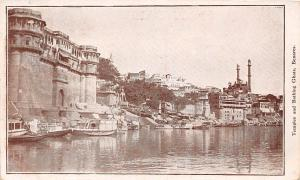 India Benares, Temples and Bathing Ghats, boats