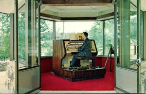 Georgia Atlanta Stone Mountain Carillon Console Electronic Keyboard With Herb...