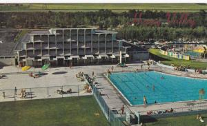 Swimming Pool, Sun Bathing at Happy Valley, Calgary, Alberta, Canada, 40-60´s
