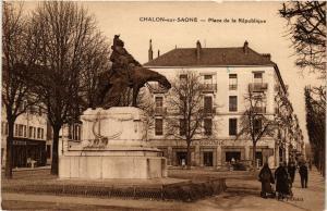 CPA  Chalon-sur-Saone - Place de la Republique  (637888)